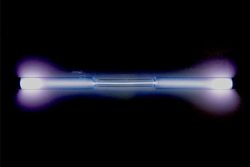 Xenon_discharge_tube